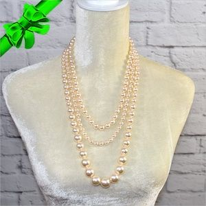 Jewelry - Shimmery Pearl Necklace Bundle Set ~0cd40s0sc19